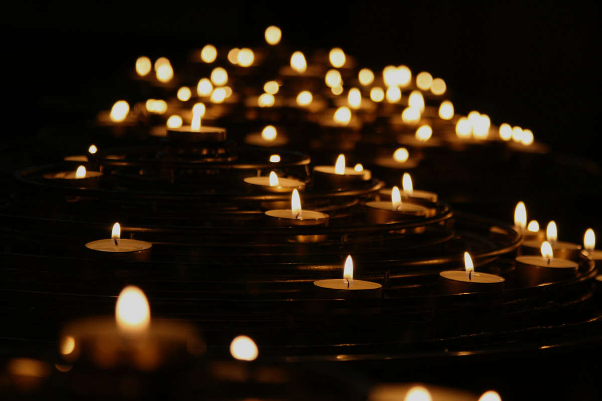 images/imagefader/memorial-candles-mike-labrum-fvl4b1gjpbk-unsplash.jpg