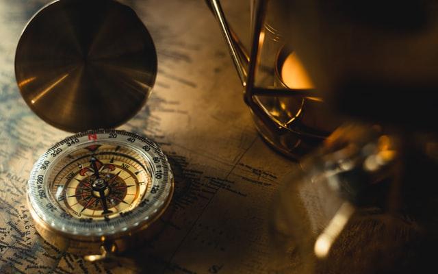 compass by cherise evertz (KdOAFDzB Mg unsplash)